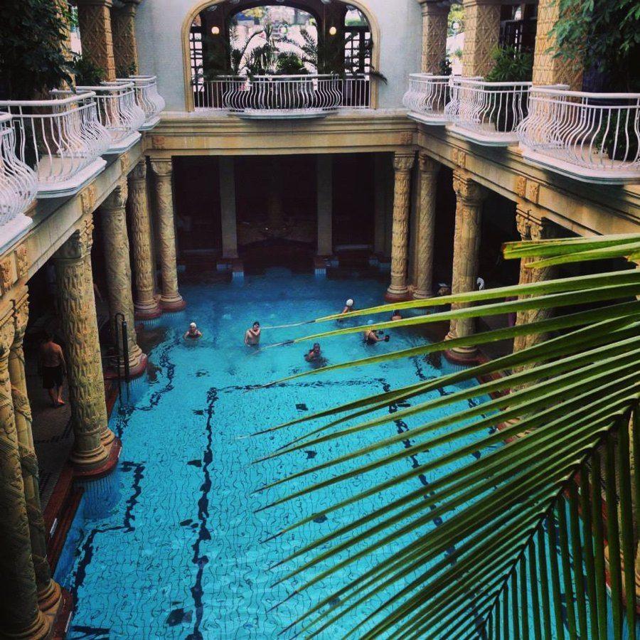 Art Nouveuo at the Gallert Baths