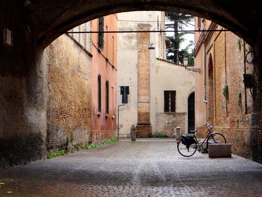 Beautiful Bikes and Pretty Italian Streets